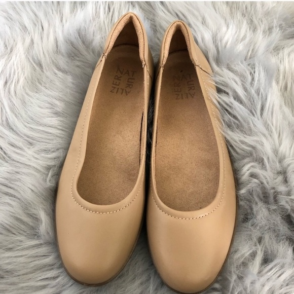 bb5dffe2dcf66 Naturalizer Shoes | Nude Flats Mint Condition | Poshmark